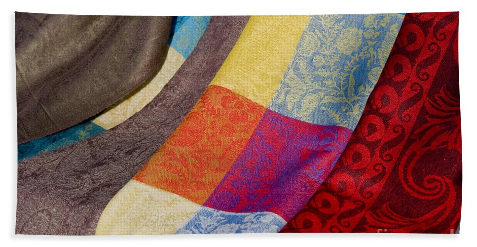 Market Day Isles-sur-la-sorgue France Markets Textile Textiles Silk Silks Wool Scarf Scarfs Provence Bath Sheet featuring the photograph Silk And Wool by Bob Phillips