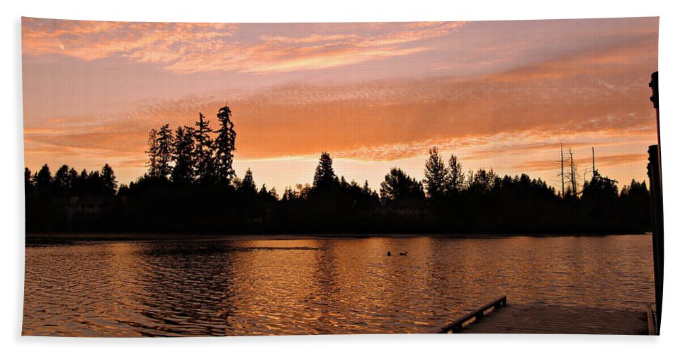 Landscape Bath Sheet featuring the photograph Silver Lake Sunset by Paul Fell