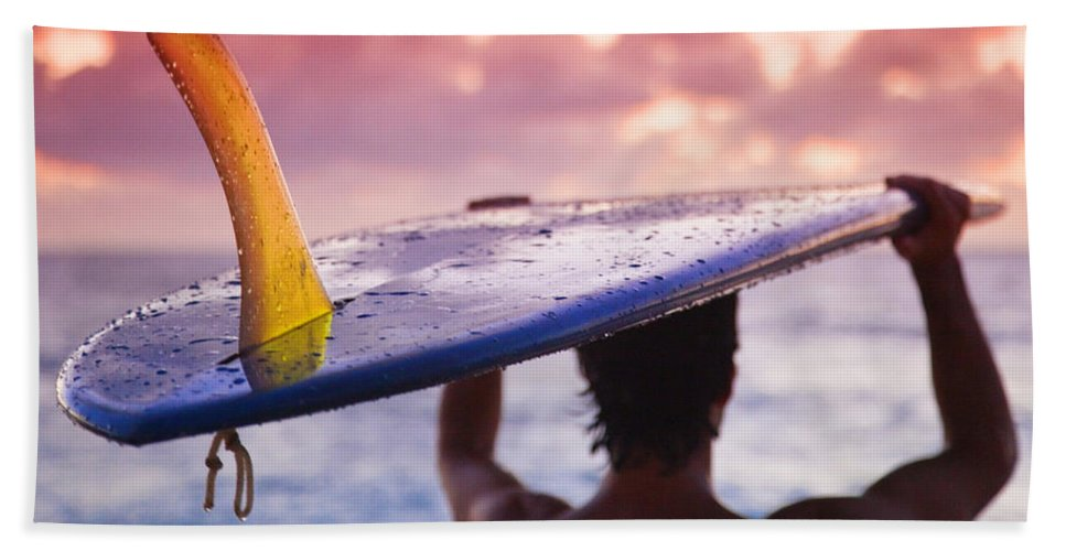 Single Fin Surfer Hand Towel featuring the photograph Single Fin Surfer by Sean Davey