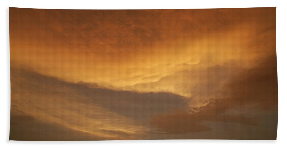 Drama Hand Towel featuring the photograph Skc 0324 Golden Glow by Sunil Kapadia