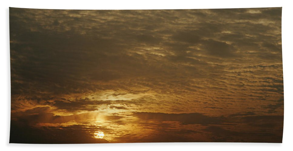 Canvas Hand Towel featuring the photograph Skc 0361 Nature's Painting by Sunil Kapadia
