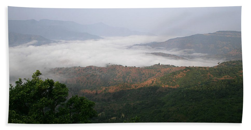 Hills Hand Towel featuring the photograph Skc 0757 Winter Valley by Sunil Kapadia