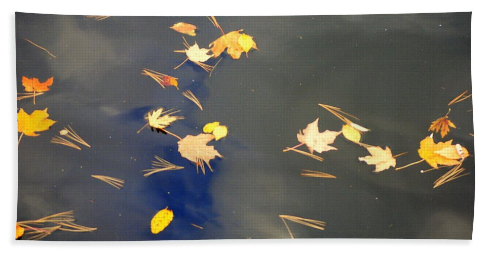 Sky Hand Towel featuring the photograph Sky Of Leaves by Frozen in Time Fine Art Photography