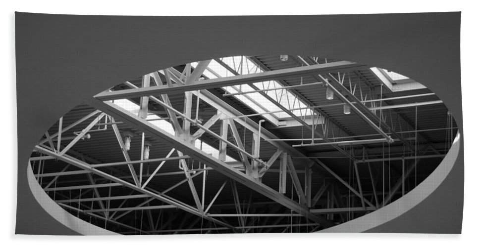 Architecture Bath Towel featuring the photograph Skylight Gurders In Black And White by Rob Hans