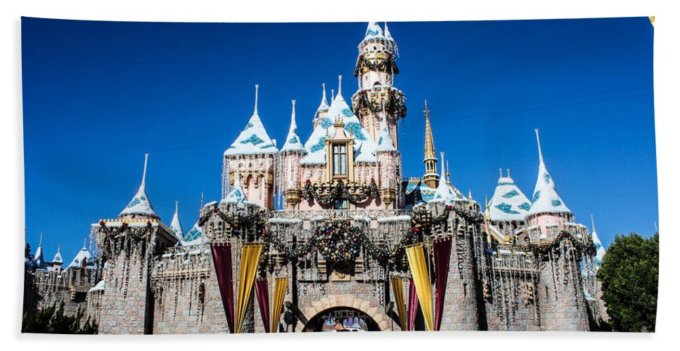 Disneyland Hand Towel featuring the photograph Sleeping Beauty's Castle by Tommy Anderson