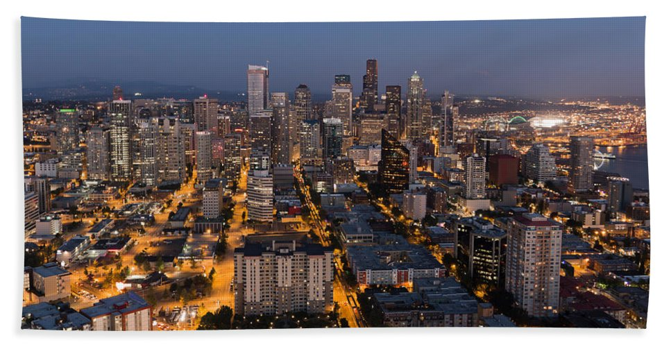 America Hand Towel featuring the photograph Sleepless In Seattle by Heidi Smith