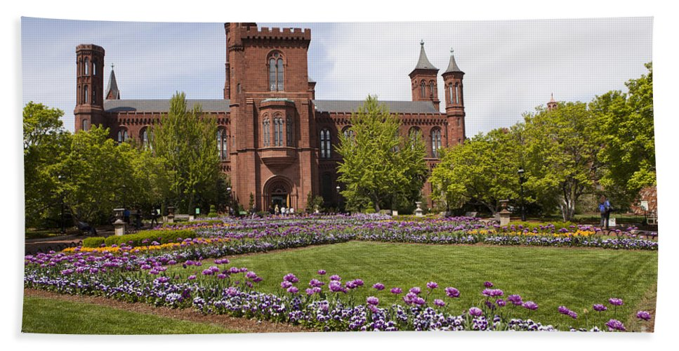 Smithsonian Hand Towel featuring the photograph Smithsonian Castle No1 by B Christopher