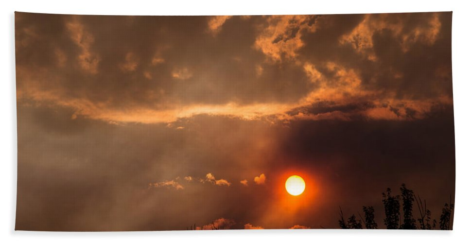 Smoke Hand Towel featuring the photograph Smoky Clouds Over The Rogue Valley by Mick Anderson