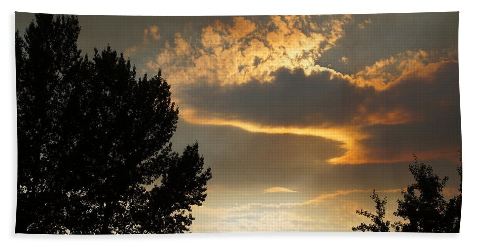 Smoke Hand Towel featuring the photograph Smoky Summer Afternoon Sky by Mick Anderson