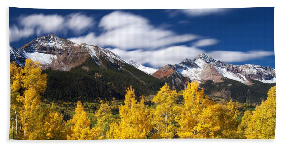 Colorado Landscapes Bath Sheet featuring the photograph Sneffels Winds by Darren White