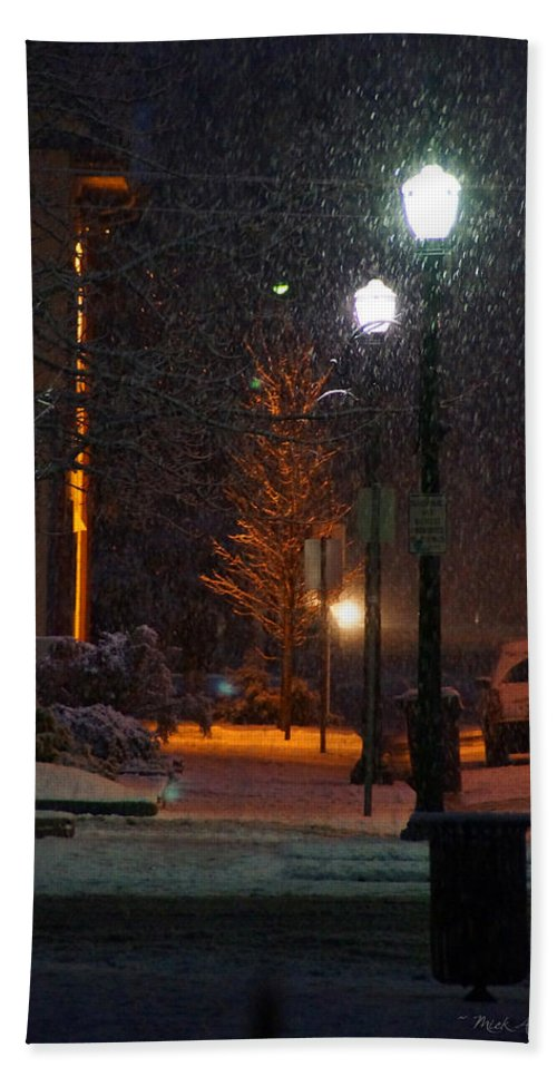 Snow Hand Towel featuring the photograph Snow In Downtown Grants Pass - 5th Street by Mick Anderson