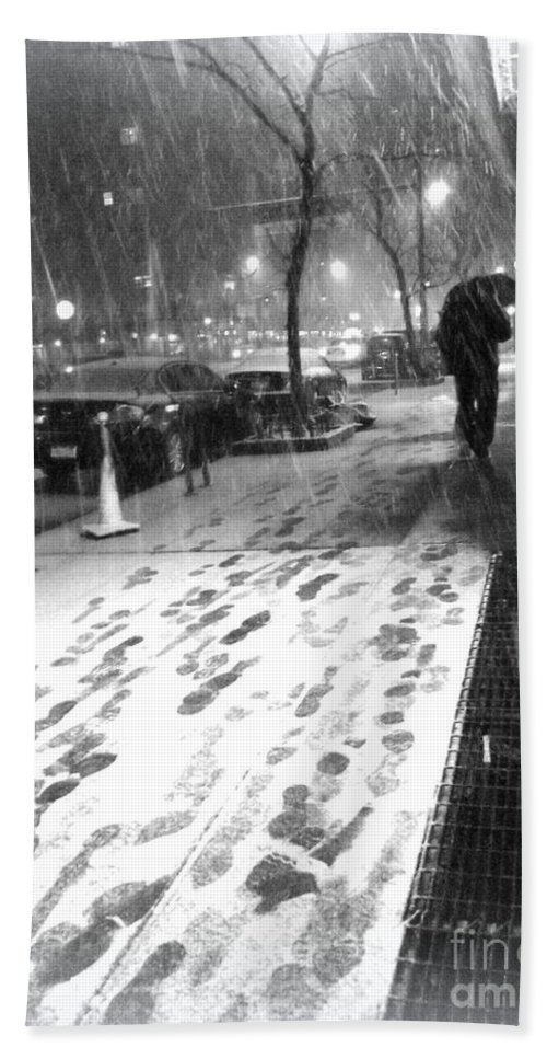 New York In Winter Bath Sheet featuring the photograph Snow In The City by Miriam Danar