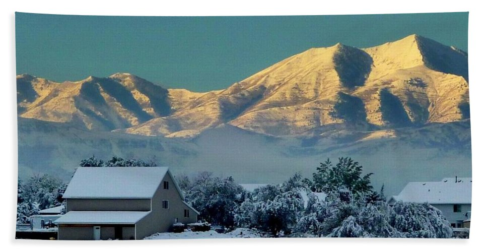 Winter Scene Of Snow On The Mountains. Landscape Bath Sheet featuring the photograph Snow On Utah Mountains by Susan Garren