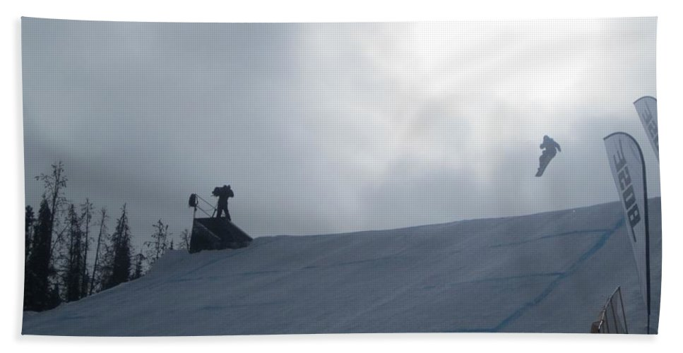 Usa Snowboard Slopestyle Hand Towel featuring the photograph Snowboard Slopestyle Competiton by Fiona Kennard
