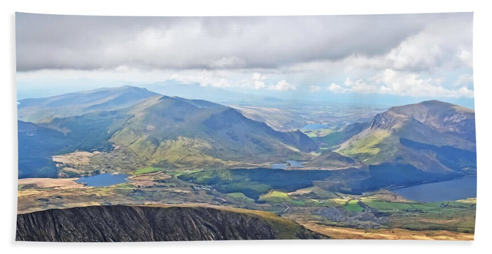 Travel Bath Sheet featuring the photograph Snowdonian Thunderstorm by Elvis Vaughn