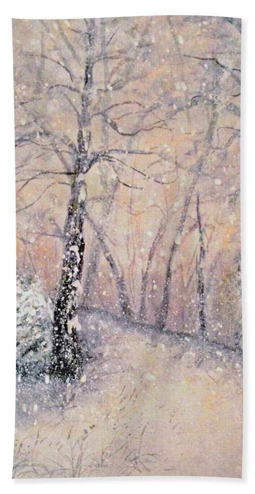 Snow Landscape Bath Towel featuring the painting Snowflakes by Natalie Holland