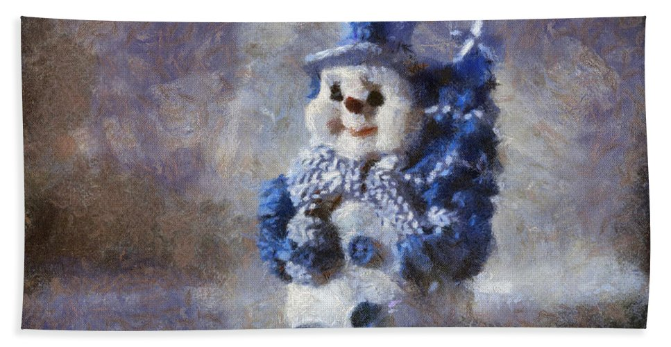 Winter Bath Towel featuring the photograph Snowman Photo Art 02 by Thomas Woolworth