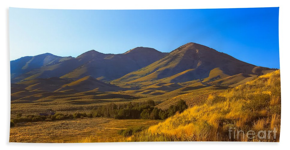 Solider Mountains Hand Towel featuring the photograph Solider Mountain Shadows by Robert Bales