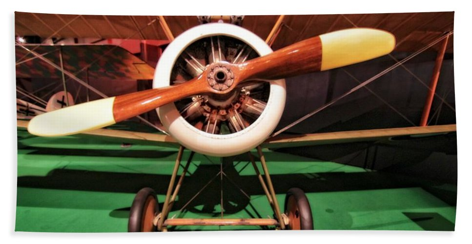 Sopwith Camel Airplane Hand Towel featuring the photograph Sopwith Camel Airplane by Dan Sproul