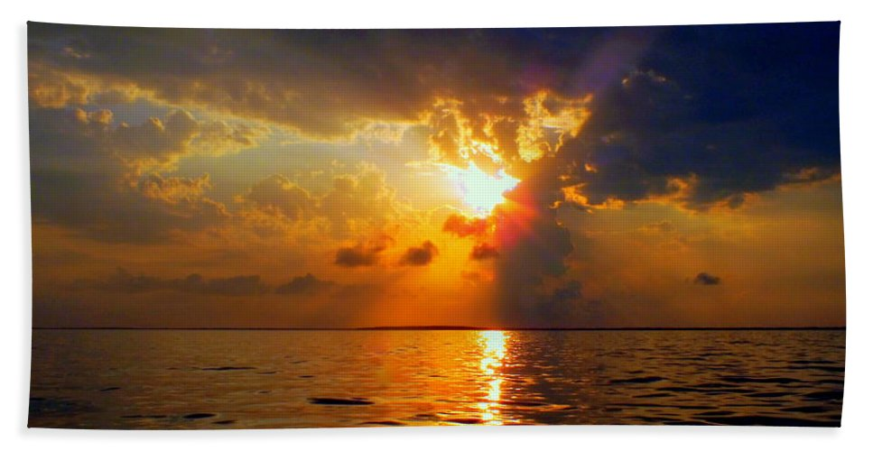 Sunsets Hand Towel featuring the photograph Sounds Of Silence by Karen Wiles