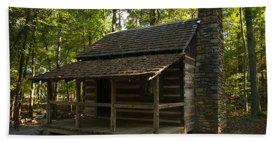 Log Cabin Hand Towel featuring the digital art South Carolina Log Cabin by Chris Flees