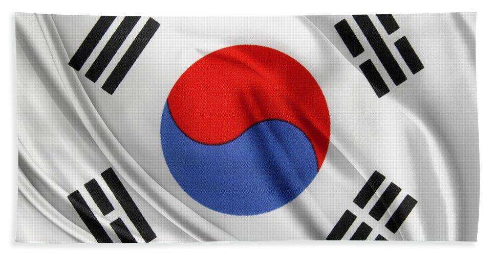 south korean flag bath towel for sale by les cunliffe