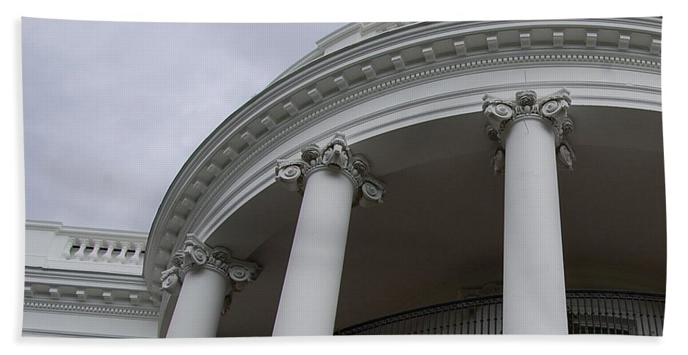White House Hand Towel featuring the photograph South Portico Of The White House by James DeFazio