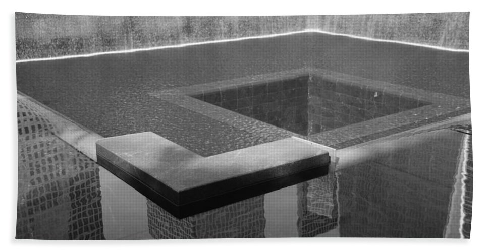 Wtc Hand Towel featuring the photograph South Tower Pool In Black And White by Rob Hans