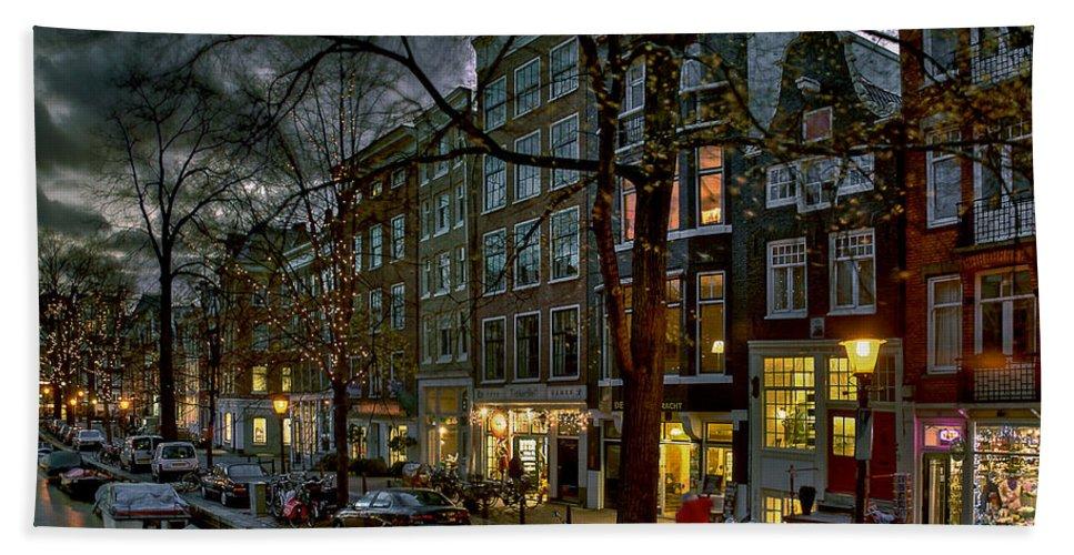 Holland Amsterdam Hand Towel featuring the photograph Spiegelgracht 8. Amsterdam by Juan Carlos Ferro Duque