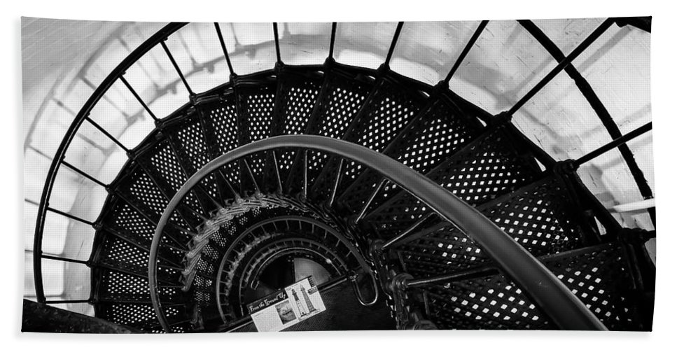 Hand Towel featuring the photograph Spiral Staircase by Curtis Cabana
