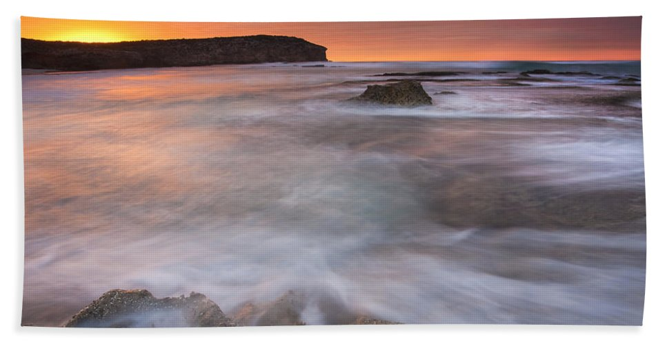 Sunrise Bath Towel featuring the photograph Splitting The Tides by Mike Dawson
