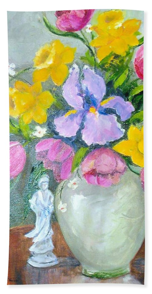 Tulip Hand Towel featuring the painting Spring Blooms by Judie White