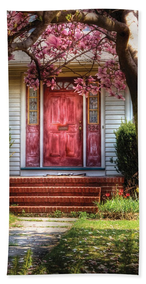 Savad Bath Sheet featuring the photograph Spring - Door - Westfield Nj - Pink by Mike Savad