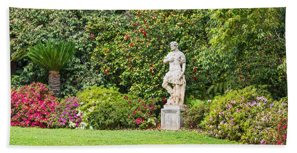 Spring Hand Towel featuring the photograph Spring Flower Blooms At The North Vista Lawn Of The Huntington Library. by Jamie Pham