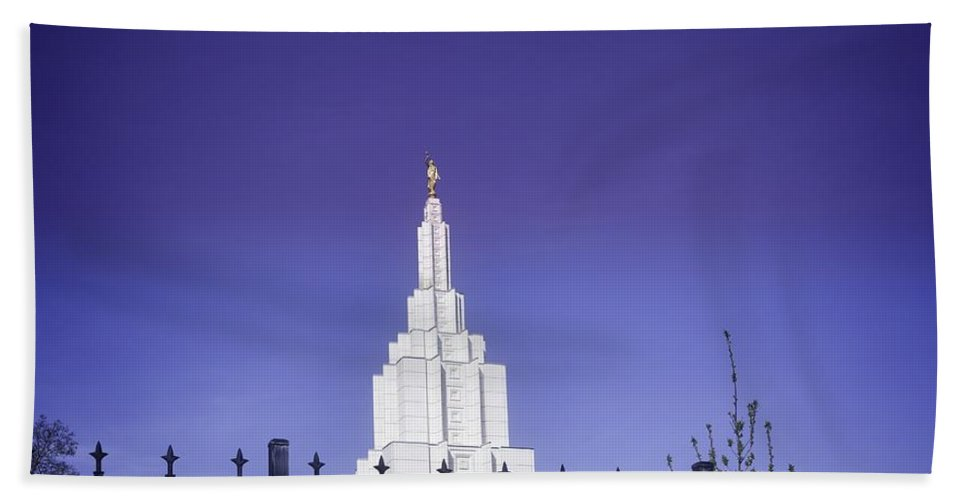 Idaho Falls Hand Towel featuring the photograph Spring Time At The Idaho Falls Temple by Image Takers Photography LLC - Carol Haddon
