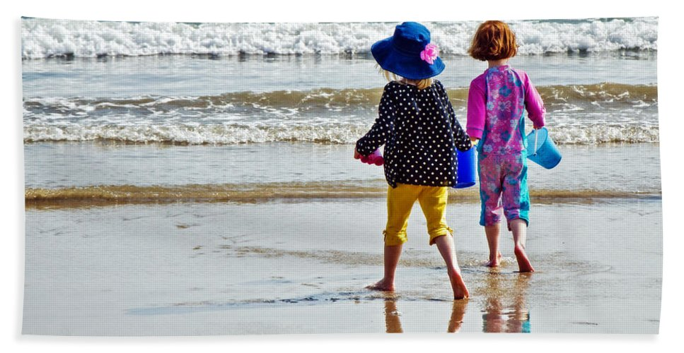 Lyme Regis Bath Sheet featuring the photograph Springtime At The Seaside by Susie Peek