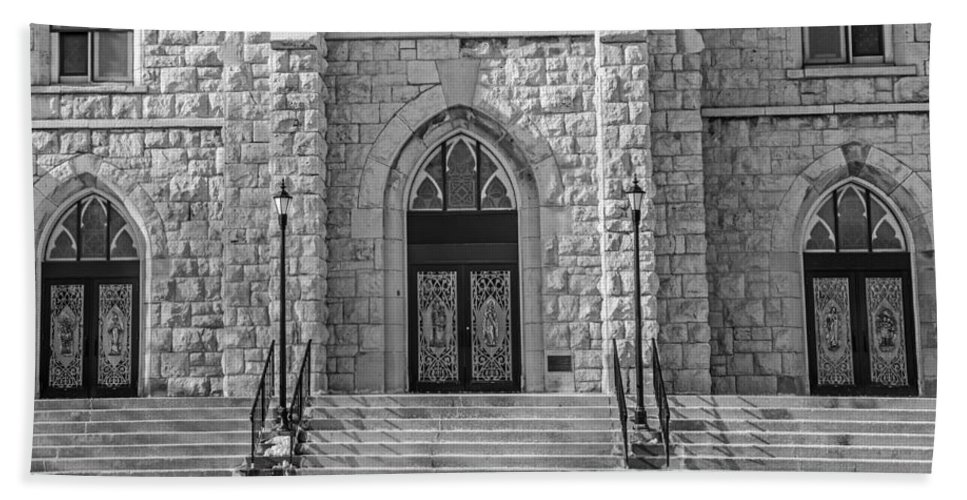 St. Mary's Hand Towel featuring the photograph St. Mary's Church - Port Washington 4 by Susan McMenamin