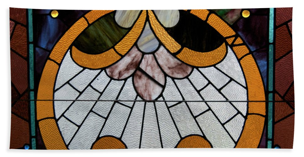 Glass Art Bath Sheet featuring the photograph Stained Glass Lc 09 by Thomas Woolworth