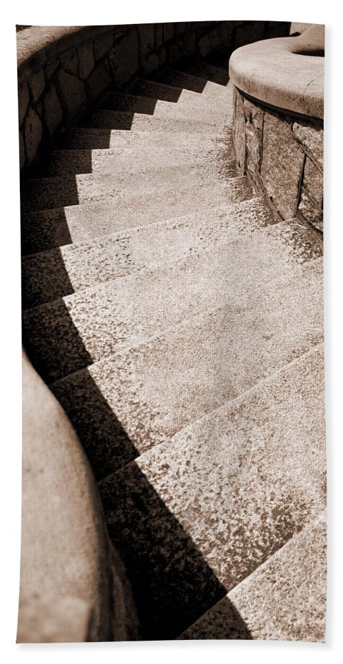 Maymont Park Bath Sheet featuring the photograph Stairs At Maymont by Floyd Menezes