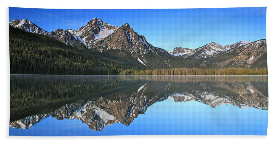 Mountains Hand Towel featuring the photograph Stanley Lake Sawtooth Mountains by Ed Riche
