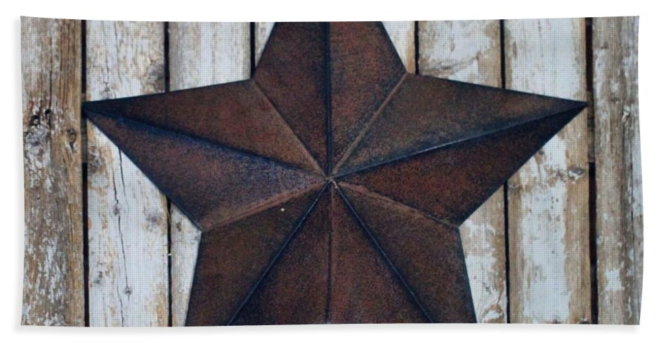Star On Barn Wall Bath Sheet featuring the photograph Star On Barn Wall by Dan Sproul