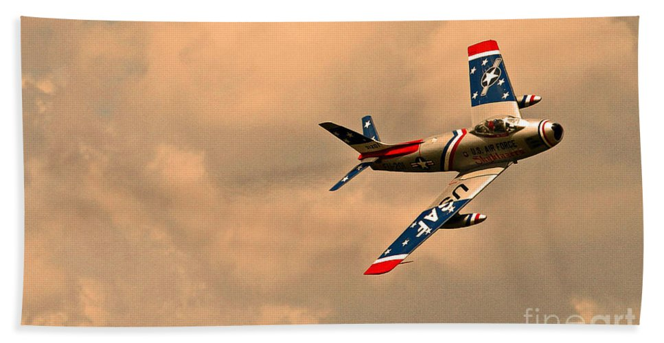 Tico Warbird Airshow Bath Sheet featuring the photograph Stars And Stripes by Davids Digits