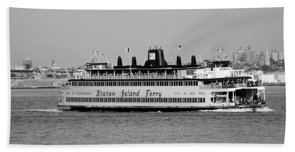 Scenic Hand Towel featuring the photograph Staten Island Ferry In Black And White by Rob Hans