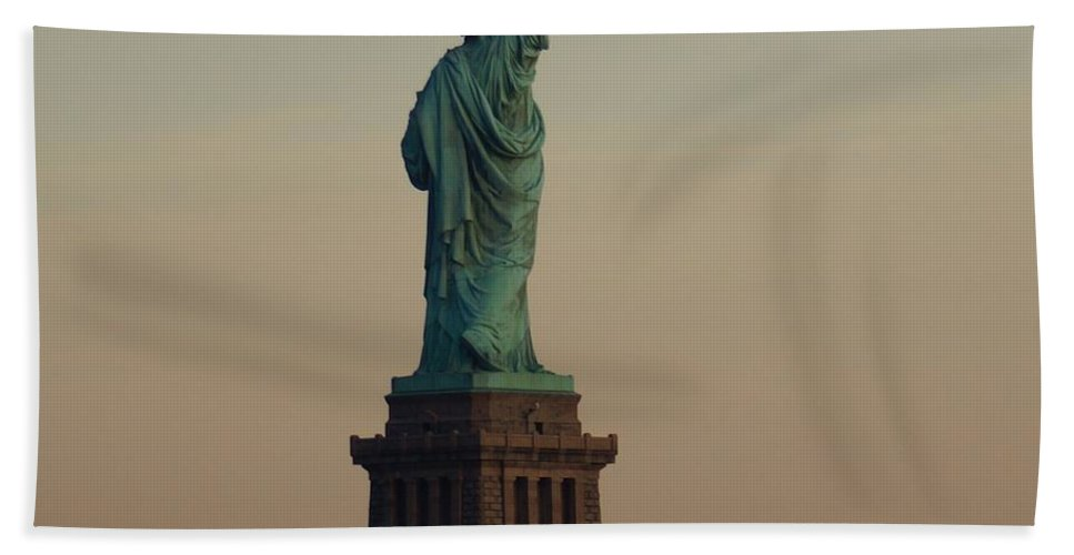 Statue Hand Towel featuring the photograph Statue Of Liberty From The Jersey Side by John Wall
