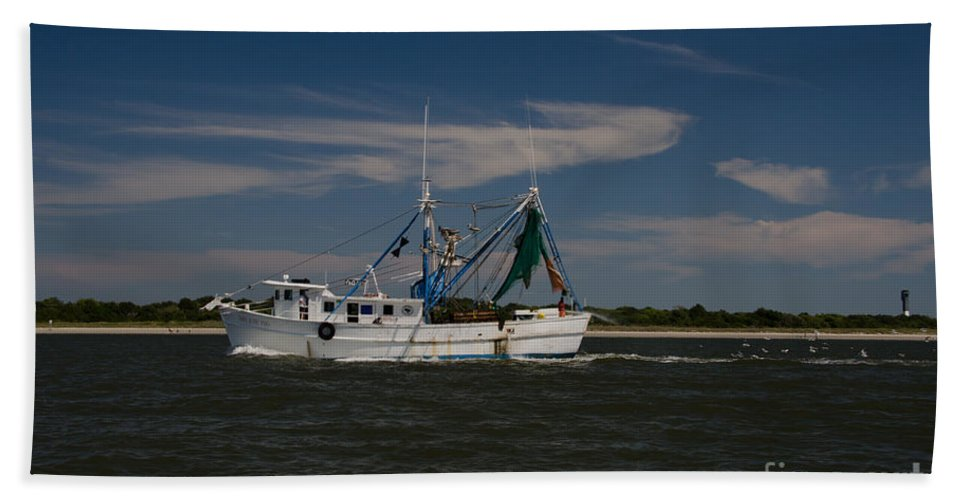 Shrimp Boat Bath Sheet featuring the photograph Steaming The Atlantic by Dale Powell