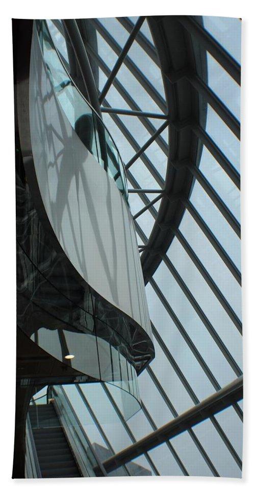 Glass Bath Sheet featuring the photograph Steel Ribs by Robert Phelan