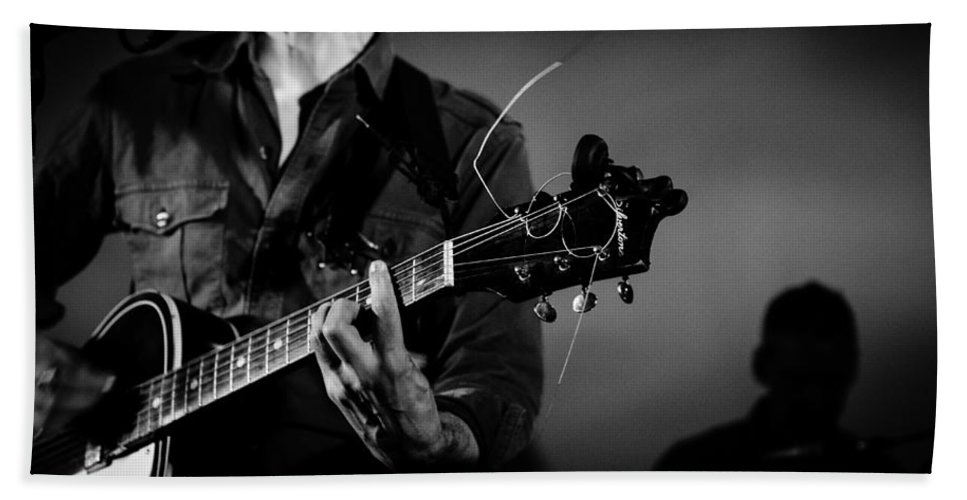 Guitar Bath Sheet featuring the photograph Stella Burns In Concert by Andrea Mazzocchetti