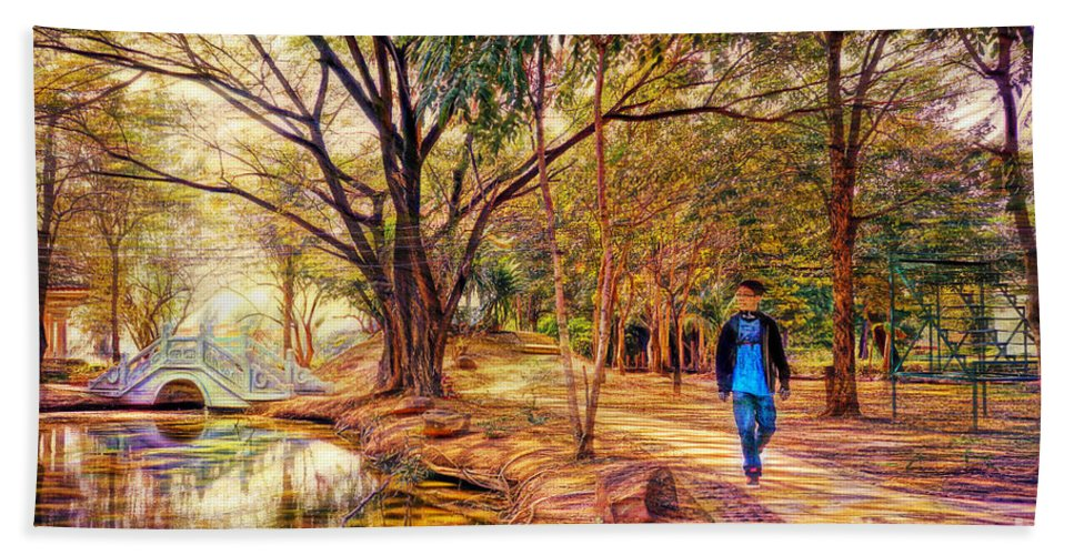 Landscape Hand Towel featuring the photograph Stroll In The Park. by Ian Gledhill