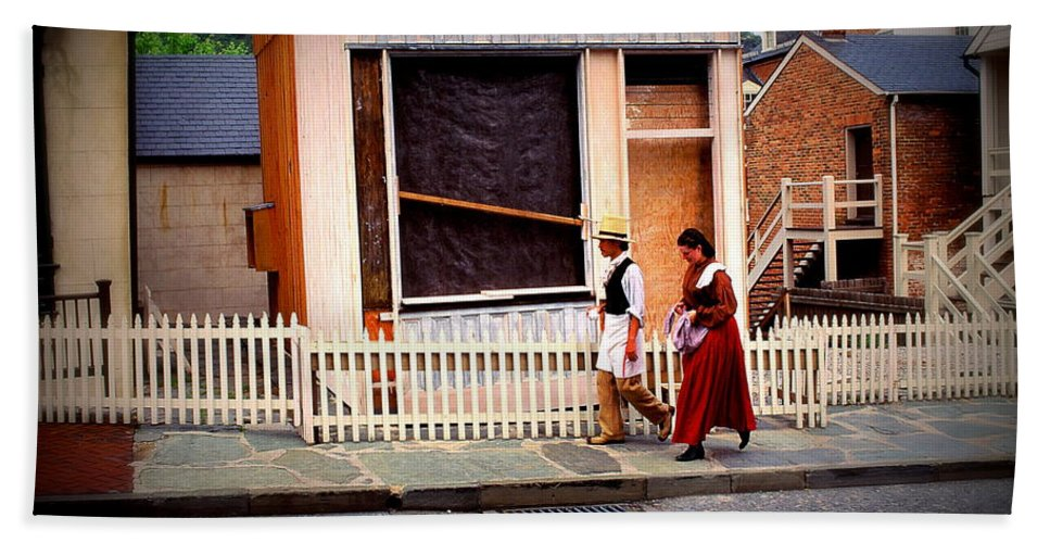 Fine Art Bath Sheet featuring the photograph Stroll by Rodney Lee Williams
