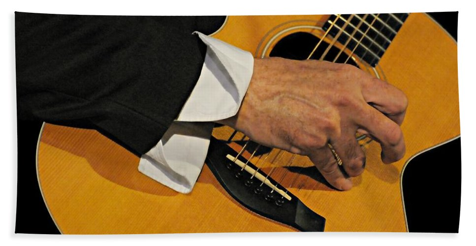 Guitar Hand Towel featuring the photograph Strum'n by Diana Angstadt